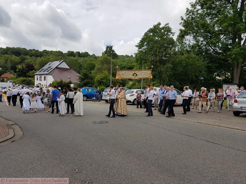 Verkehrsabsicherung Fronleichnamsprozession, Glan-Münchweiler